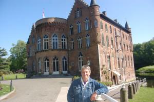 De leerlingen van onze Temsese afdeling kunnen voorlopig terecht in het Kasteel van Bazel', aldus Roland Helven van balletschool Scaldis