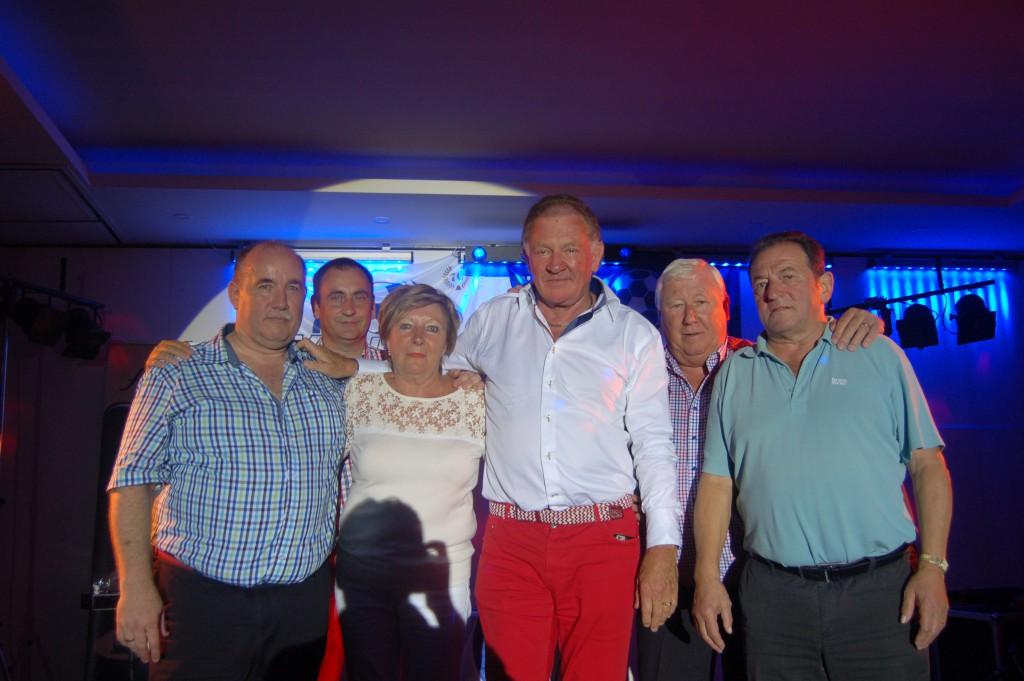 Het bestuur van KSV Temse anno 2015 vlnr.: algemeen manager Alain Vereecken, secretaris Patrick Claus, Paula De Cauwer, ondervoorzitter Etienne Van De Walle, Commercieel manager Hugo Mees, en voorzitter Wilfiried De Witte.