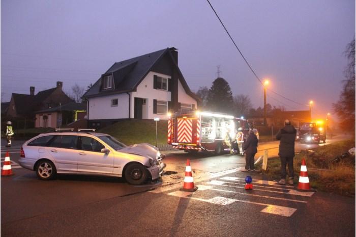 ongeval-beekstraat-veldstraat-19-12-2016
